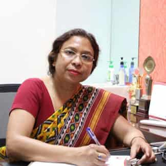Dr. Nalini Gupta From Select IVF India